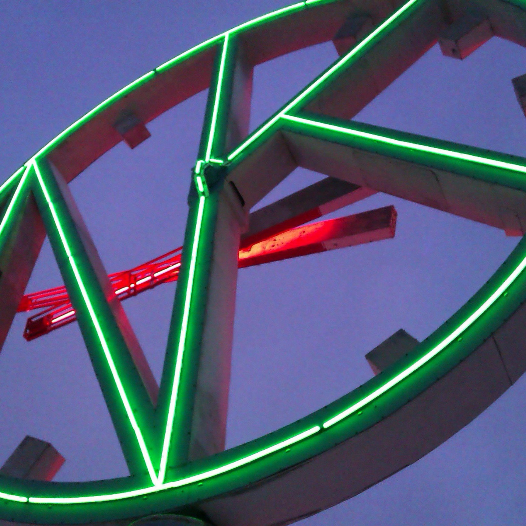 Svart bevara klassiska neonskyltar