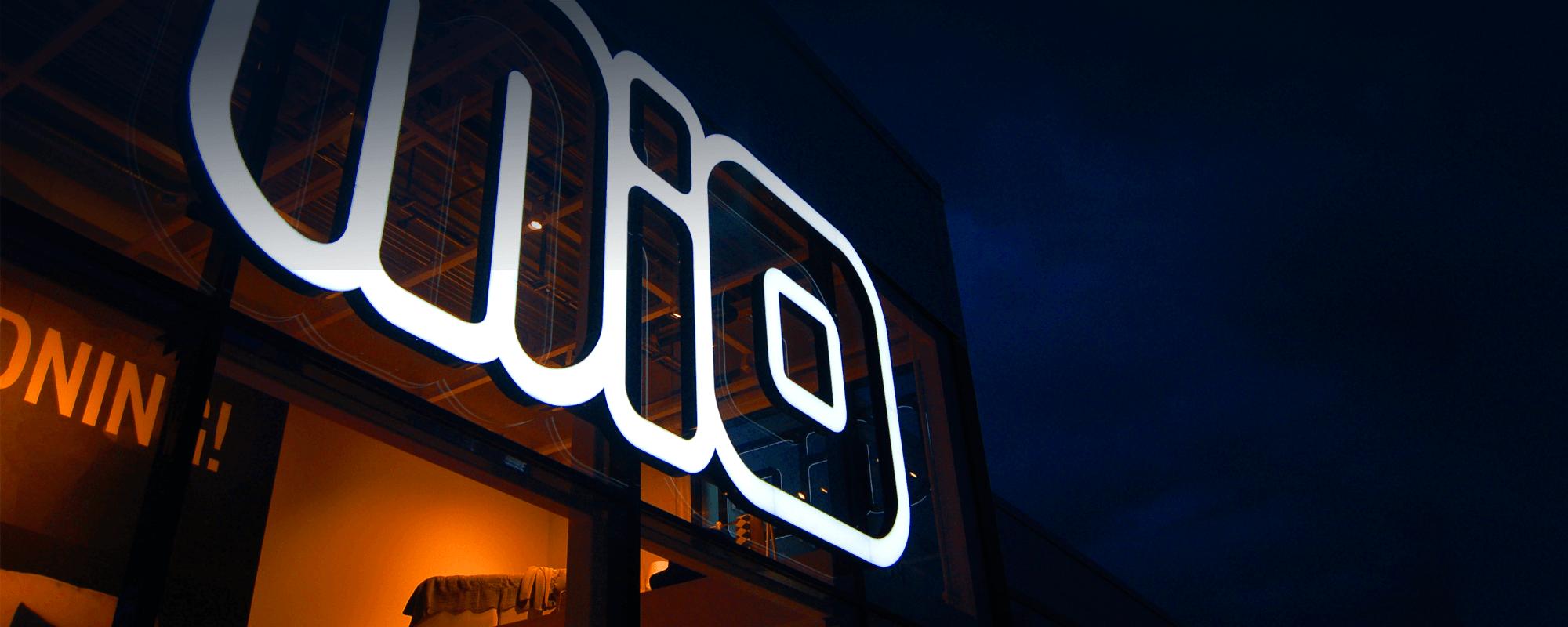 Stor skyltmaker i stockholm | Focus Neon